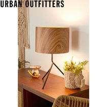 Urban Outfitters  Quinton Abstract テーブルランプ 照明