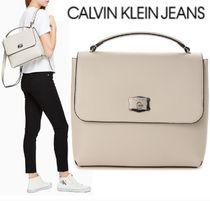 CALVIN KLEIN JEANS SCULPTED LOCK バックパック STONE