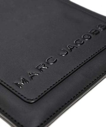 MARC JACOBS スマホケース・テックアクセサリー SALE! MARC JACOBS ロゴ カードスロット付 タブレットケース♪(2)