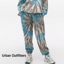 """【Urban Outfitters】""""iets frans""""バティック柄スウェットパンツ"""