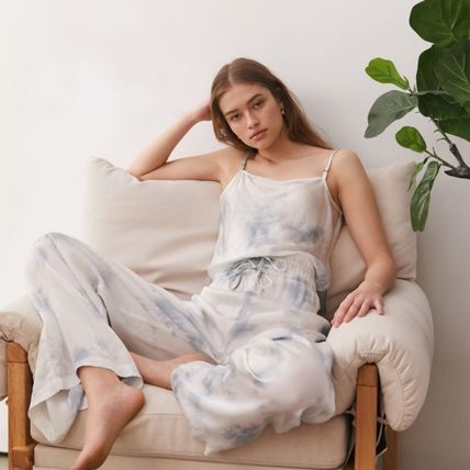 Urban Outfitters ルームウェア・パジャマ お得!Urban Outfitters  タイダイ タンクトップ+パンツセット(2)