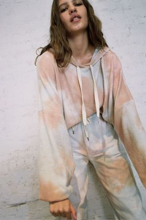 Urban Outfitters ルームウェア・パジャマ Urban Outfitters Tie-Dye Hoodie タイダイ フリース フーディー(7)