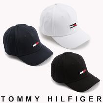 TOMMY JEANS フラッグフロントベースボールキャップ すぐ届く