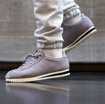 NIKE MENS Classic Cortez Suede AA3108-001