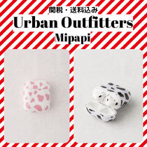 *Urban Outfitters*Airpods Case 牛柄 エアポッズケース