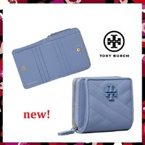 セール 新作 Tory Burch Kira Chevron Matt Bi-Fold Wallet