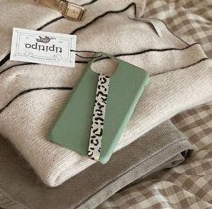 tipitipo iPhone・スマホケース [tipitipo] Simple color hard case with Strap (matte) IPhone(2)