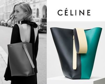 CELINE トートバッグ CELINE by フィービー♡旧ロゴ☆Twisted Cabas Smallサイズ