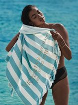 夏にピッタリ【Victoria's Secret】Striped Cabana Beach Towel