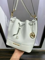 Michael Kors(マイケルコース) TRISTA MEDIUM Bucket Shoulder