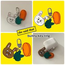 20/SS【she said that】Bunny Key Ring追跡付