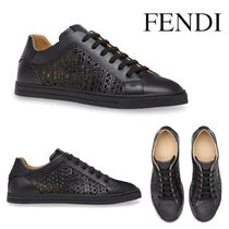 FENDI LEATHER LOW TOP SNEAKERS WITH CUT-OUT DETAILS