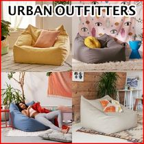《URBAN OUTFITTERS》Cooperビーズクッション 4色展開