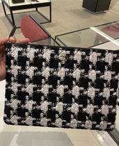 ★2020 ACT2. CHANEL★TWEEDED O CASE 28cm in houndstooth