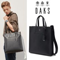 日本未入荷★DAKS★Logo Charm Square Tote Bag BLACK
