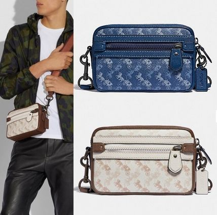 Coach ◆ 89084 Academy crossbody with horse carriage print
