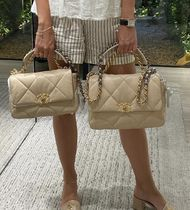 入手困難アラート★2020 CHANEL★CHANEL 19 FLAPBAG IN BEIGE