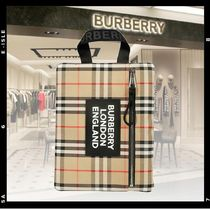 【Burberry】PORTRAIT POUCH クラッチバッグ