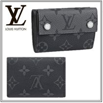 *Louis Vuitton* 直営店 ディスカバリー・コンパクト ウォレット