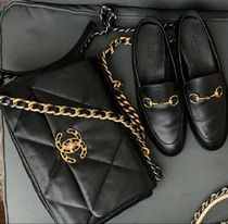 入手困難アラート★2020 CHANEL★CHANEL 19 FLAPBAG IN black