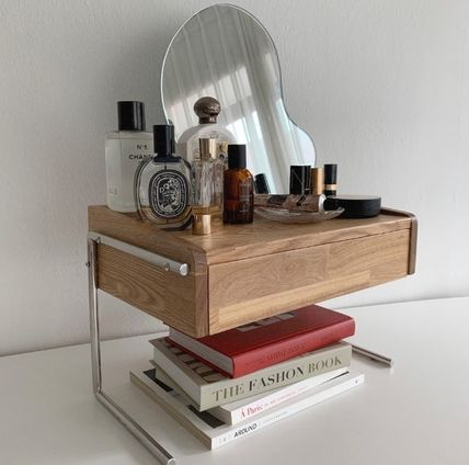 VAMIR 机・テーブル VAMIR mini dressing table