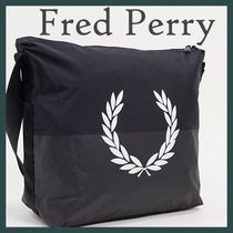 ♦Fred Perry*ナイロン ロゴメッセンジャーバッグ♦