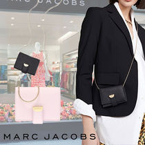 【MARC JACOBS】チェーン付ハーフムーンカードケース