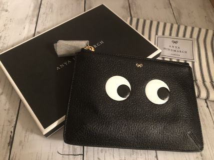VIP価格★Anya hindmarch Loose Pocket Eyes Pouch 国内発送