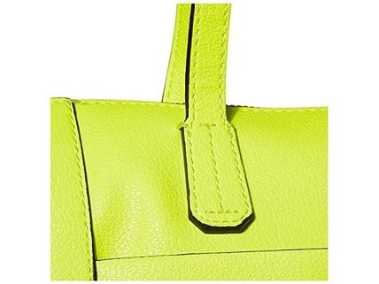 Guess マザーズバッグ 関税.送料込 GUESS Skools Out Tote ゲス トートバッグ(4)
