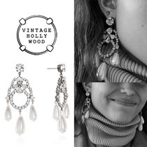 ★VINTAGE HOLLYWOOD★DRAMATIC HOLIYDAY PEARL EARRING
