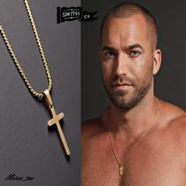 WE ARE ALL SMITH * Mini Gold Cross Necklace