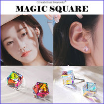 Wing bling ☆韓国大人気☆[Swarovski] MAGIC SQUARE ピアス 2色