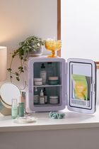 Urban Outfitters(アーバンアウトフィッターズ) 美容家電・グッズその他 【Urban Outfitters】冷蔵庫 10L Mini Beauty Refrigerator