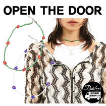 OPEN THE DOOR flower bed necklace (2 color) YI602 追跡付