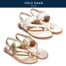 COLE HAAN■Anica Scallop Thong Sandal フラットサンダル