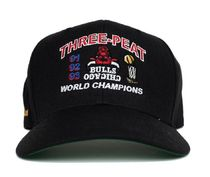 BLACK【在庫あり】UNIFORM STUDIOS 6 PANEL CHICAGO BULLS HAT