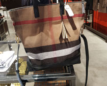 BURBERRY キャンバスARMLEYチェックトットバッグ40202341
