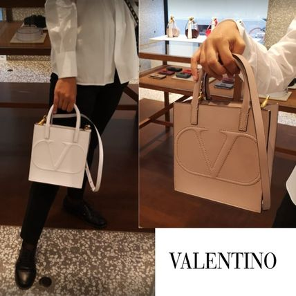 ヴァレンティノ直営店◆VLOGO WALK SMALL SHOPPING BAG CALFSKIN
