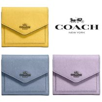 Coach【国内発送・関税込】Small Wallet in Crossgrain Leather