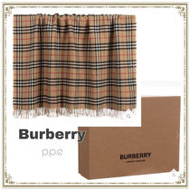 Burberry ◇ Beige Wool Blanket (110cm)
