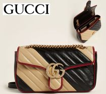 GUCCI☆Black & Beige GG Marmont Small Quilted Shoulder Bag