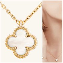 Sweet Alhambra pendant  Yellow gold, Mother-of-pearl