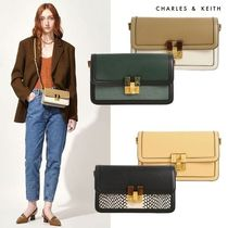 Charles&Keith★Stone-Embellished Clutch★クラッチバッグ