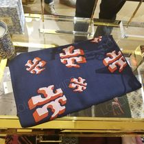 2020 NEW♪ Tory Burch ◆ FLYING LOGO OBLONG SCARF