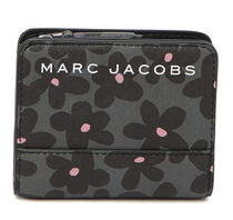 Marc Jacobs Branded Saffiano Floral Print Bifoldフラワー財布