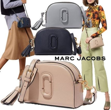 "MARC JACOBS(マークジェイコブス) ショルダーバッグ・ポシェット SALE! MARC JACOBS 3D ダブル J ロゴ ""Shutter"" 2WAYバッグ♪"