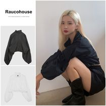 Raucohouse(ラウコハウス) ブラウス・シャツ 最安値挑戦【RAUCOHOUSE】FRESH STOPPER ANORAK CROPPED T-SHIRT