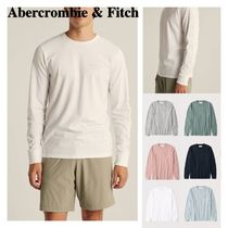 Abercrombie & Fitch(アバクロ) Tシャツ・カットソー Abercrombie&Fitch ☆ 新作商品!! ☆ エンボスロゴTシャツ 6色!!