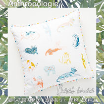 Anthropologie 刺繍 ドッグ プリント 正方形 クッション 犬柄