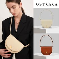 【OSTKAKA】KNOT LUNE SADDLE BAG (2Color)